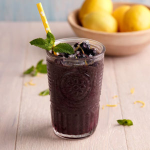 Swan Recipe Kale Blueberry Apple Smoothie Square